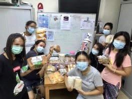 More recipients of our bread!